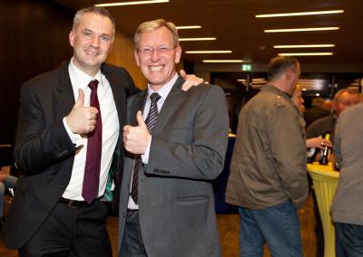 Erfolgreicher Bürgermeisterwahlkampf: Steffen Wernard mit PR-Berater Dirk Rabis - Stadt Usingen 2016